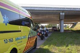 Wielrenster gewond na harde botsing met toeristen