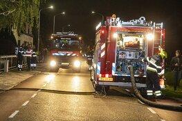 Brand bij watersportbedrijf aan de Aalsmeerderdijk in Rijsenhout