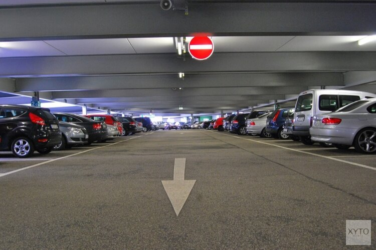 Valet parkingbedrijf met noorderzon vertrokken