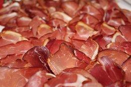 """Vakbond tegen vleesverwerker Offerman: """"Zaken verbeteren, anders snel eerste staking"""""""