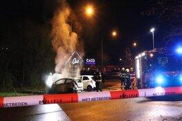 Verdachte brandstichting auto Hoofddorp raakte zelf gewond, zoektocht voortgezet