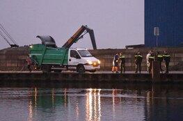 Fietsster beland in water bij Uithoorn