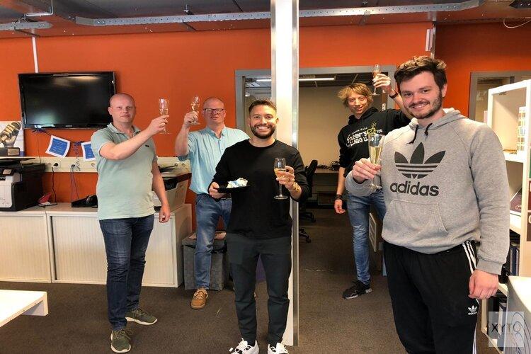 Rolf Sanchez opent nieuwe MeerRadio studio