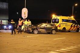 Gewonde bij botsing tussen busje en auto bij Schiphol-Rijk